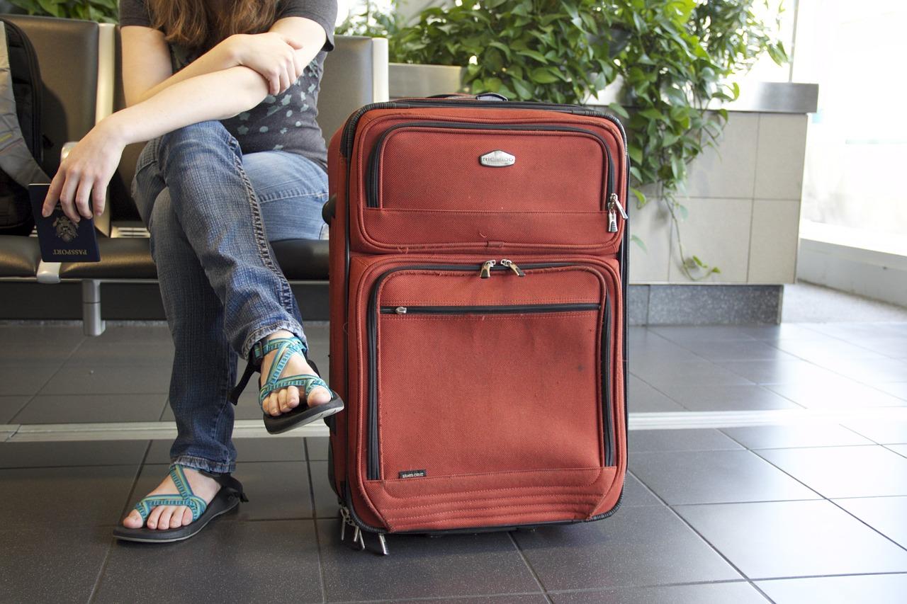 スーツケースの収納場所を考えてみましょう