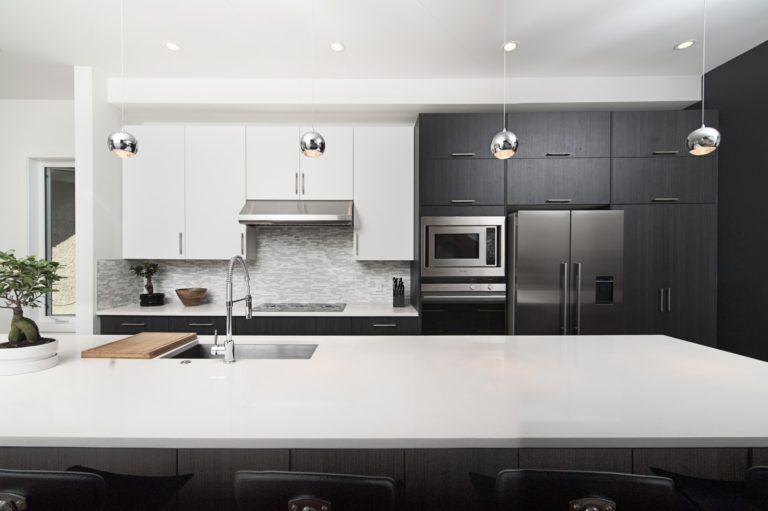 キッチンやお風呂の排水口掃除。簡単に綺麗にする方法とは。